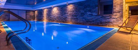¡Construya o reforme su piscina en los meses de otoño!